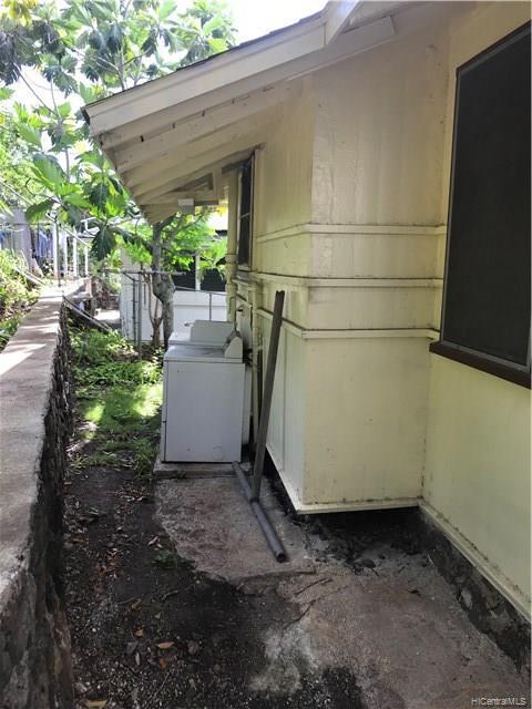 1853  Kalihi Street Kalihi-lower, Honolulu home - photo 6 of 21