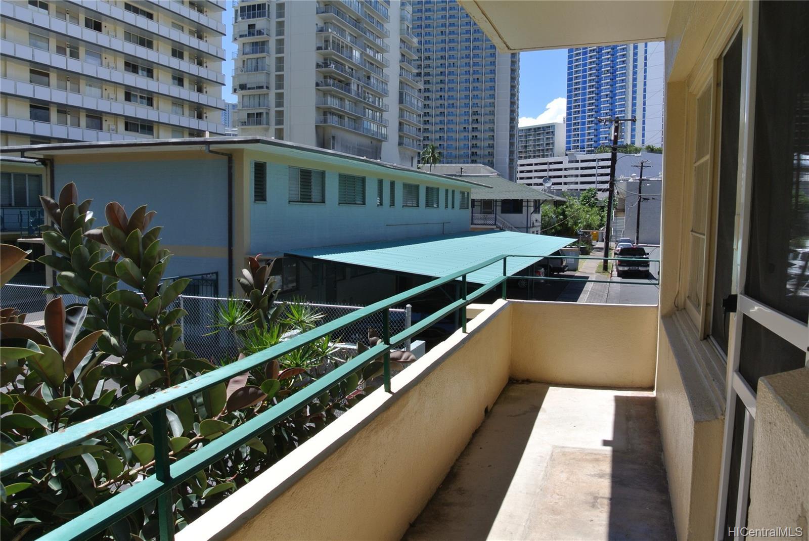 Commodore Waikiki condo # 201, Honolulu, Hawaii - photo 11 of 12