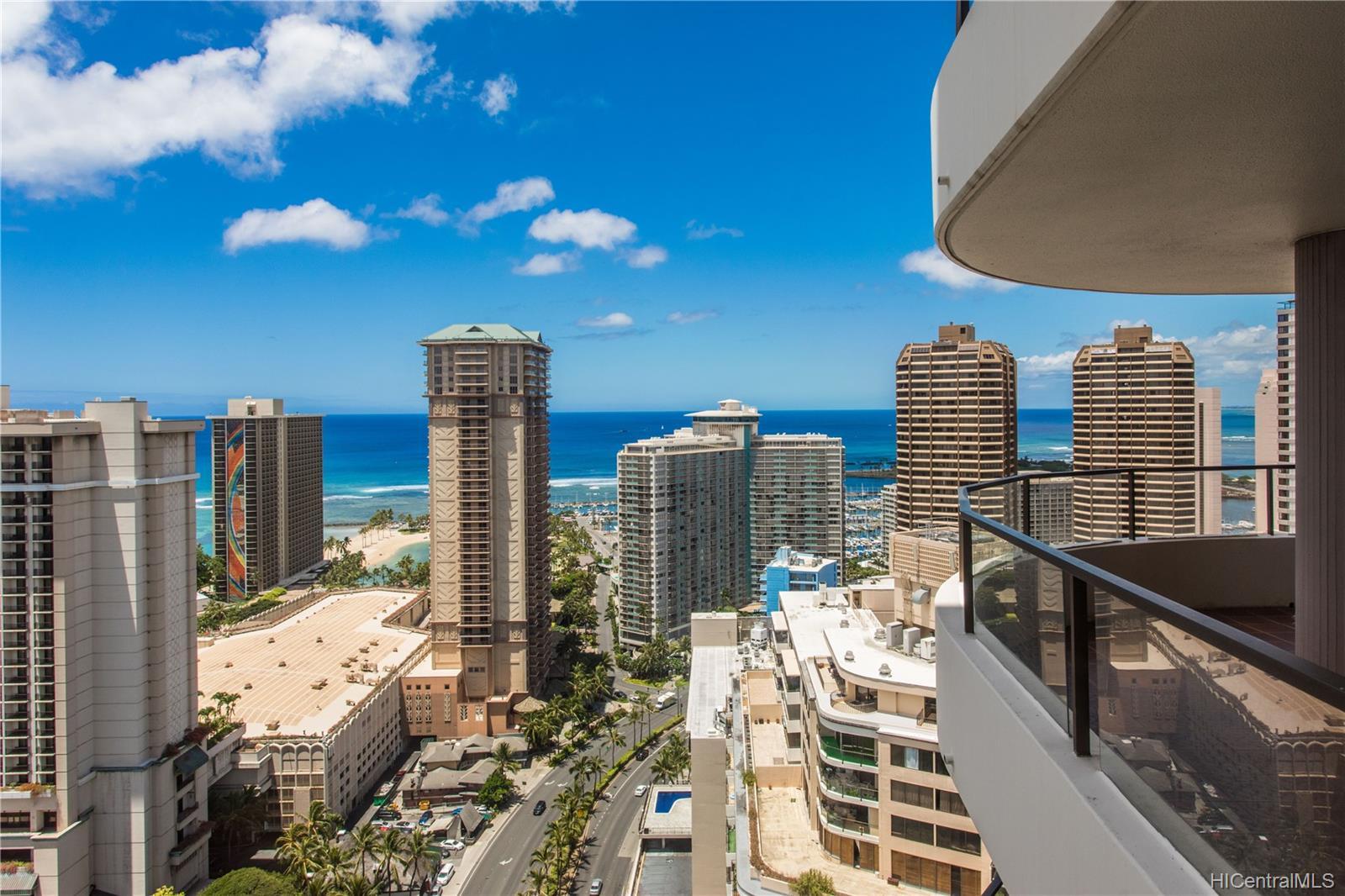 Canterbury Pl condo # 35B, Honolulu, Hawaii - photo 21 of 25