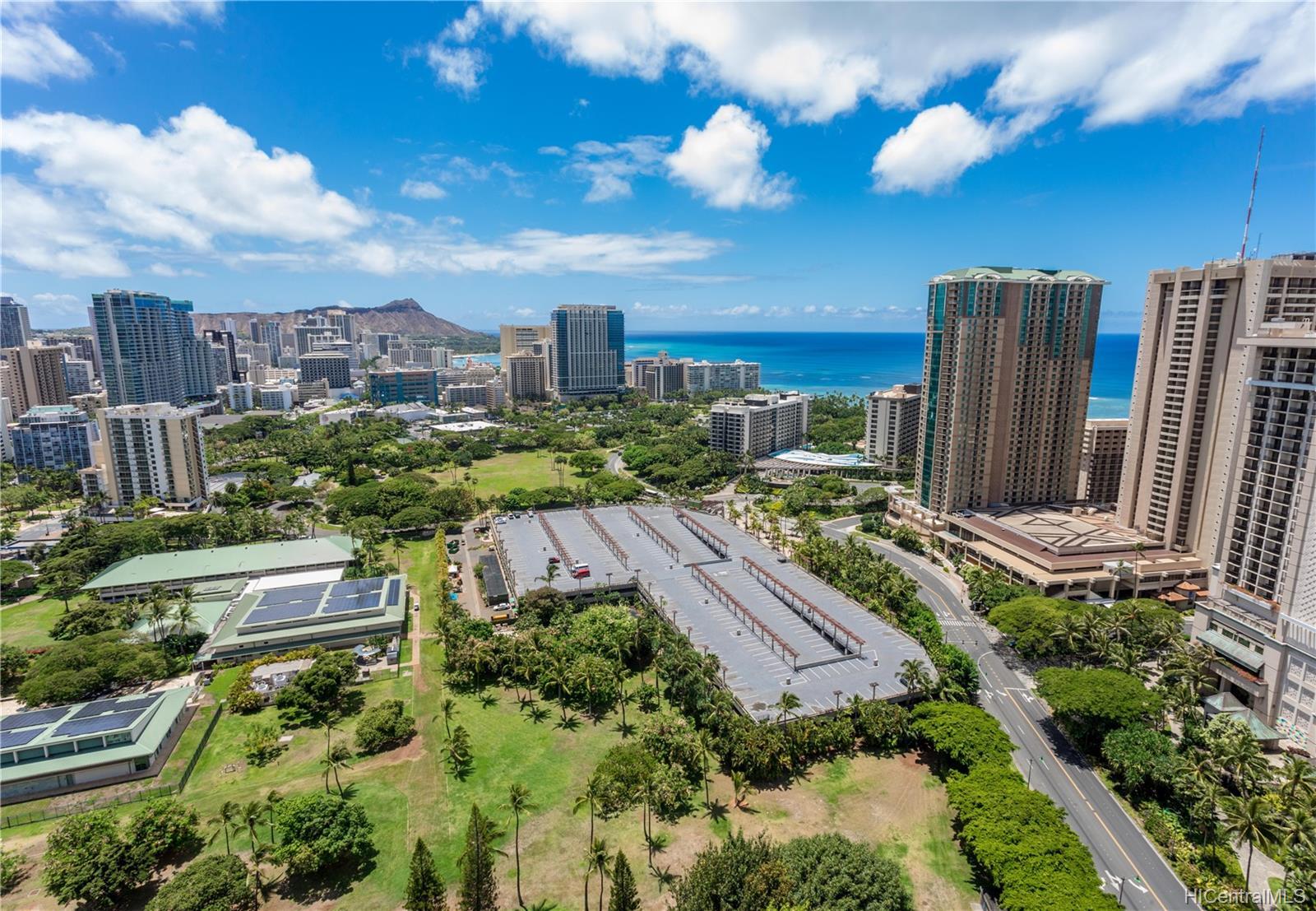 Canterbury Pl condo # 35B, Honolulu, Hawaii - photo 22 of 25