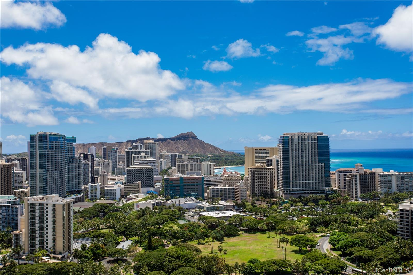 Canterbury Pl condo # 35B, Honolulu, Hawaii - photo 23 of 25