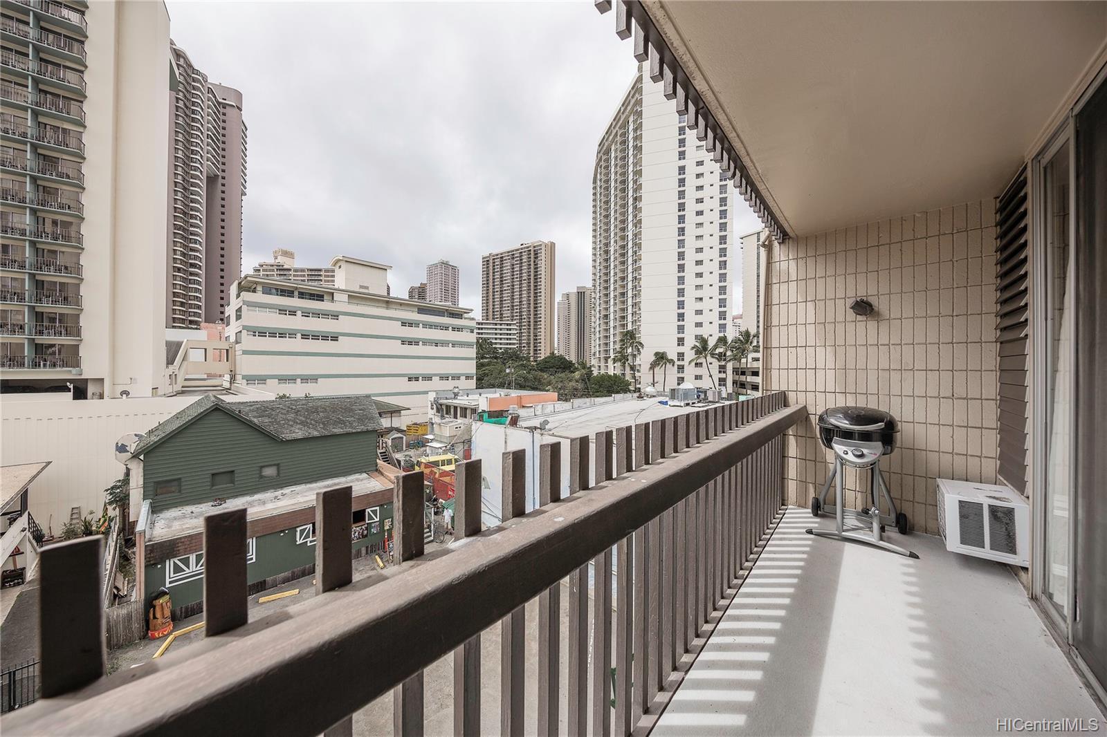 Kalakauan condo # 406, Honolulu, Hawaii - photo 9 of 11