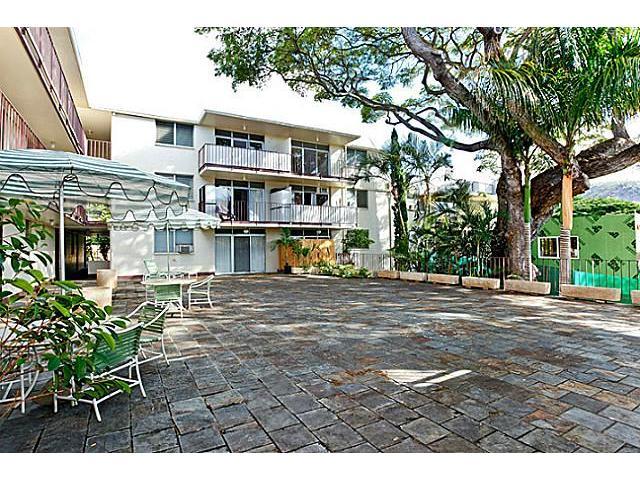 University Court Apts condo # 201, Honolulu, Hawaii - photo 10 of 10