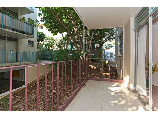 University Court Apts condo # 208, Honolulu, Hawaii - photo 6 of 7