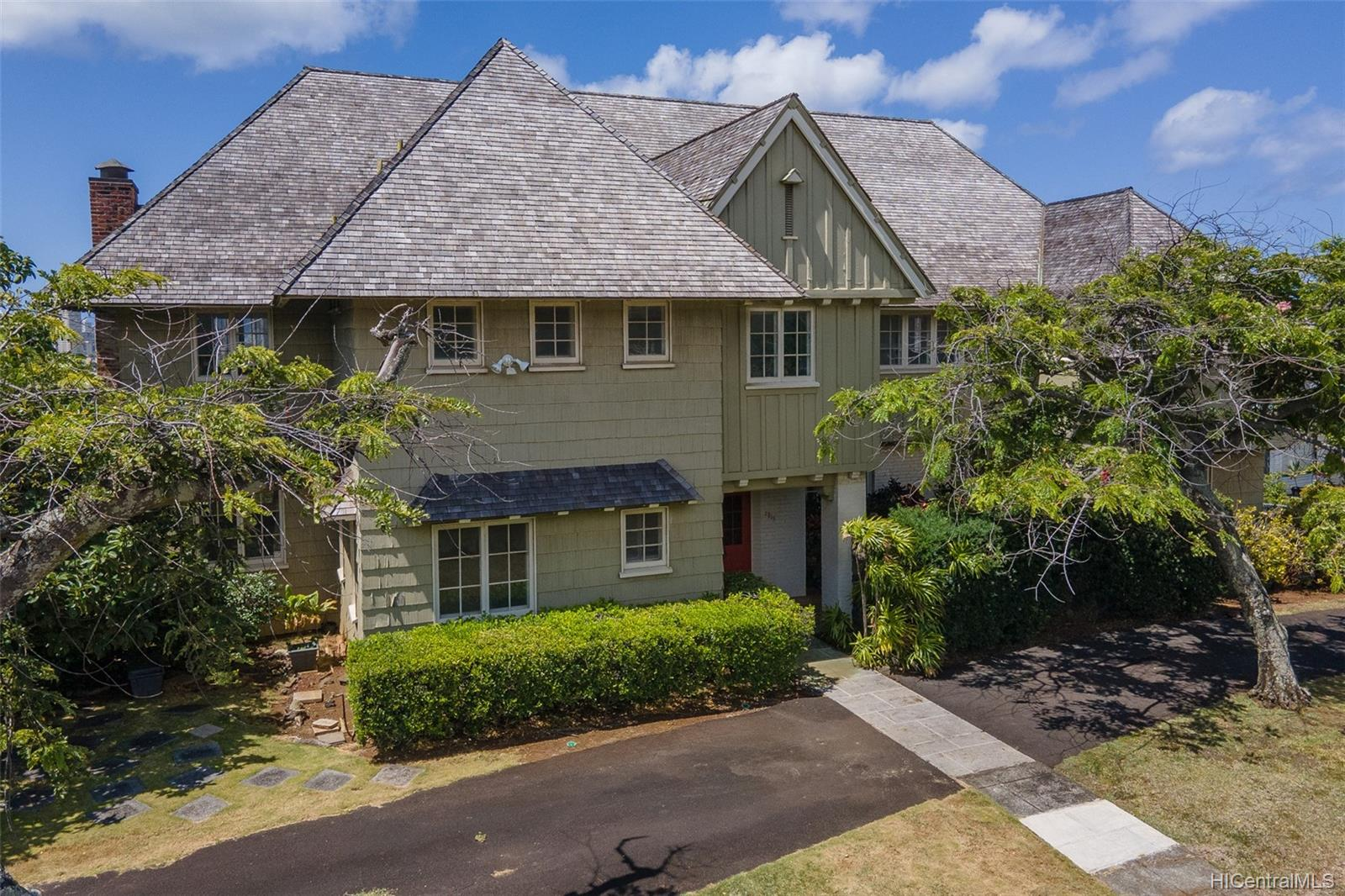1915  Vancouver Drive Manoa-lower, Honolulu home - photo 1 of 25