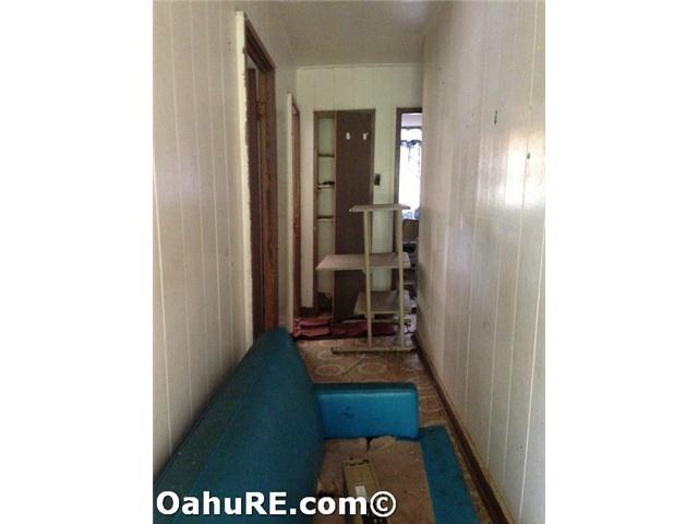 1940  Waikahe Pl Kalihi-lower, Honolulu home - photo 5 of 11