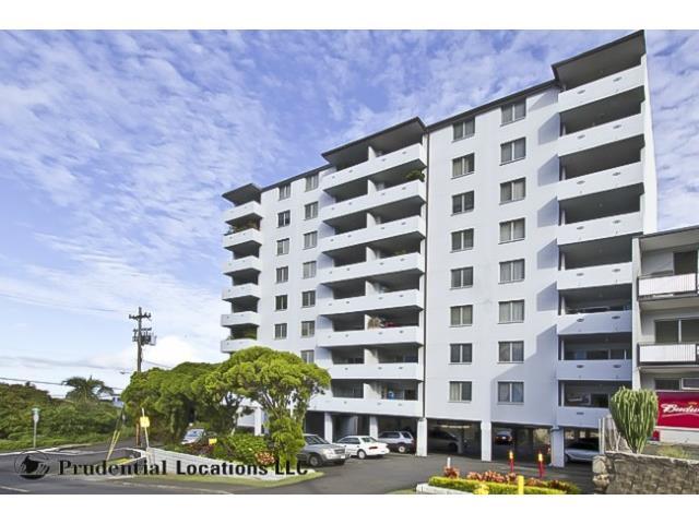 Kamehameha Towers condo #303, Honolulu, Hawaii - photo 1 of 11