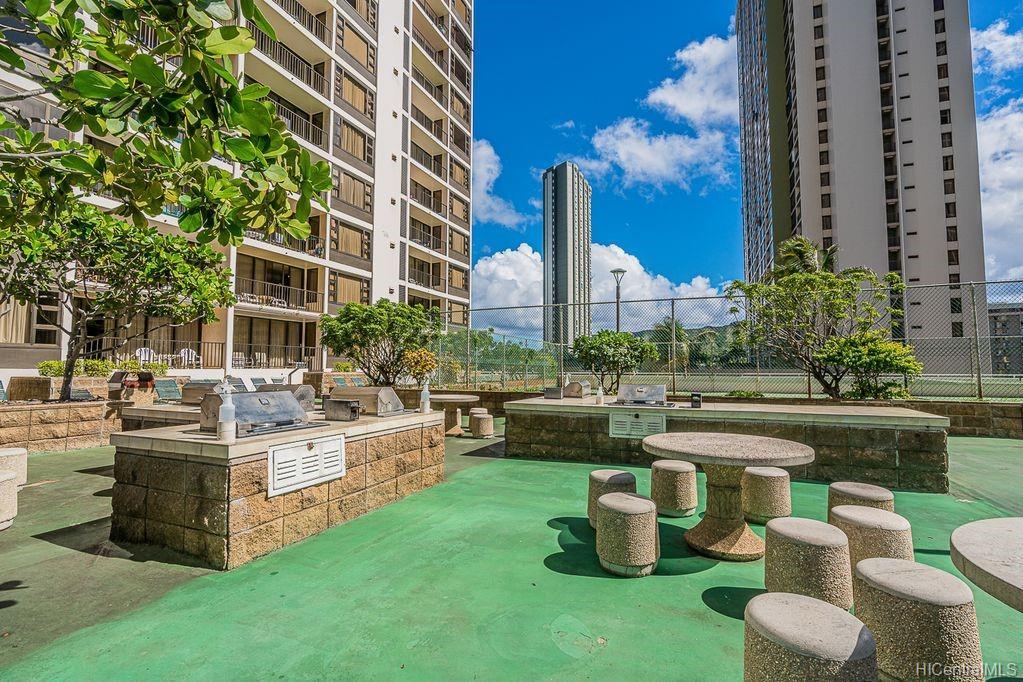 Waikiki Banyan condo # 1614, Honolulu, Hawaii - photo 14 of 20