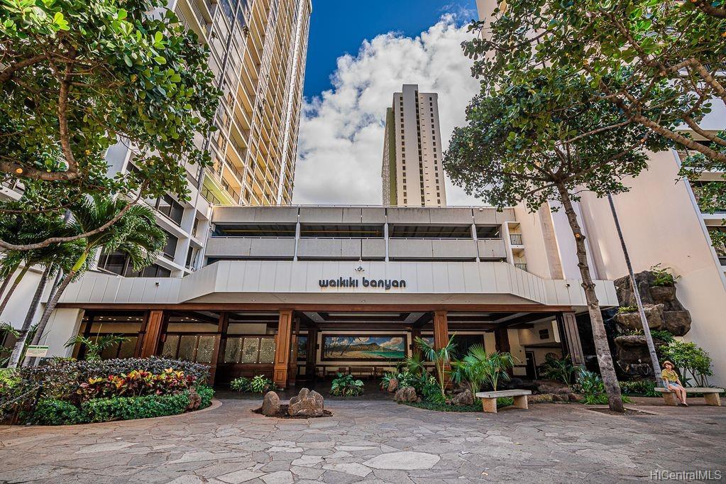Waikiki Banyan condo # 1614, Honolulu, Hawaii - photo 19 of 20