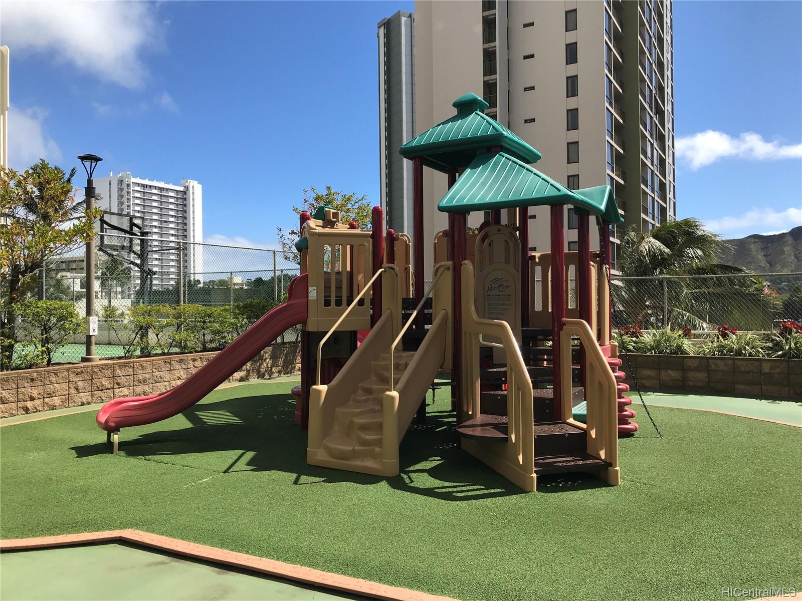 Waikiki Banyan condo # 2902 Tower 2, Honolulu, Hawaii - photo 25 of 25