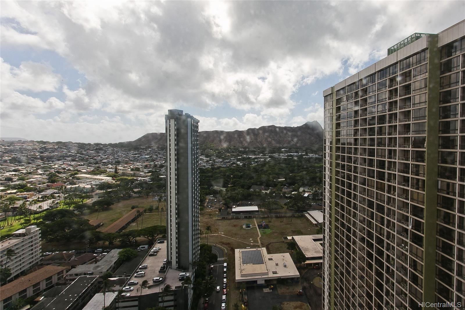 Waikiki Banyan condo # 3213, Honolulu, Hawaii - photo 9 of 15