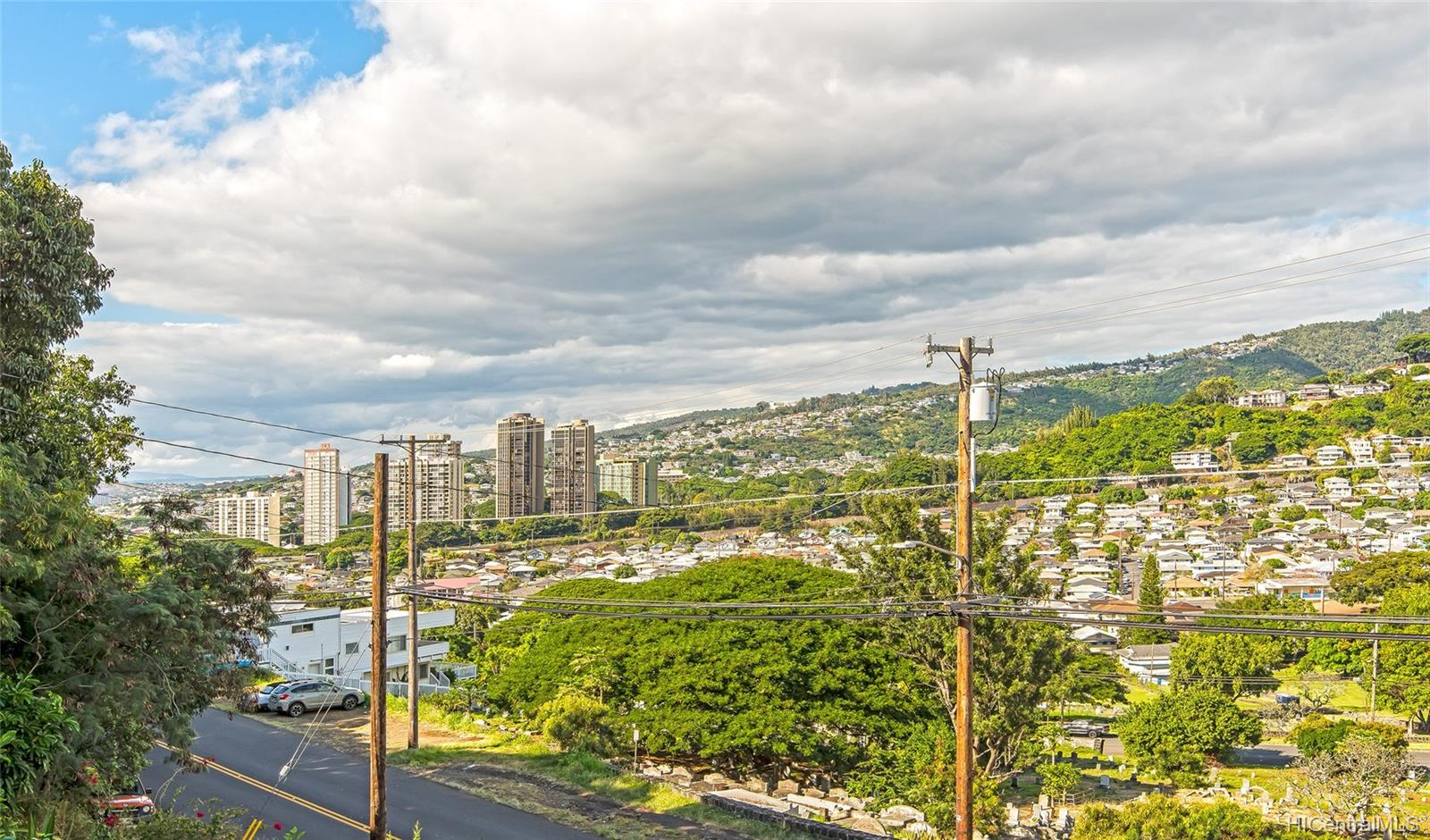 2011 Puowaina Drive Honolulu - Rental - photo 12 of 24