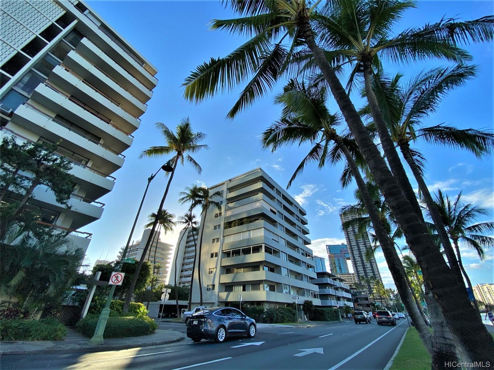 2015 Ala Wai Blvd Honolulu - Rental - photo 19 of 25