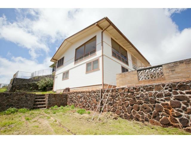 2015  Kilakila Dr Alewa Heights, Honolulu home - photo 11 of 22