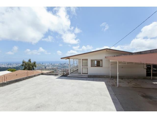 2015  Kilakila Dr Alewa Heights, Honolulu home - photo 8 of 22