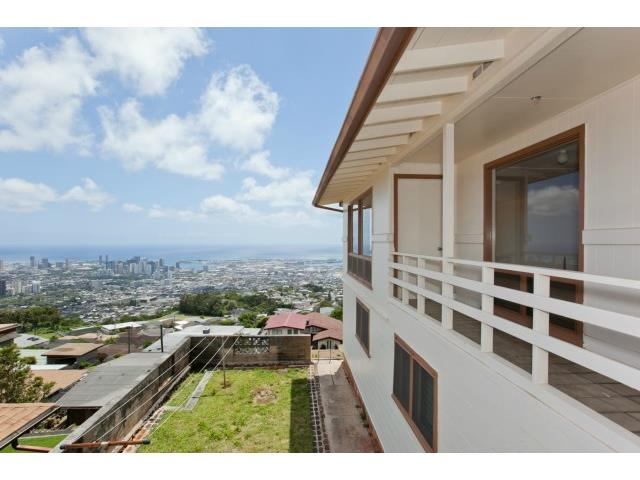2015  Kilakila Dr Alewa Heights, Honolulu home - photo 9 of 22