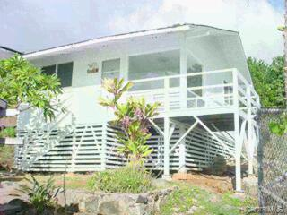 2020  Clement St Manoa-lower, Honolulu home - photo 3 of 9