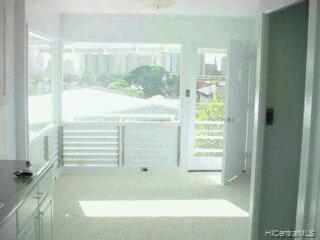 2020  Clement St Manoa-lower, Honolulu home - photo 9 of 9