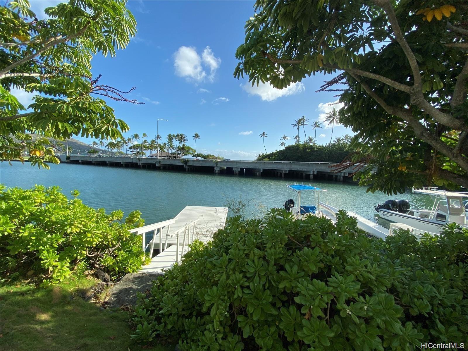 205 Kawaihae Street townhouse # A5, Honolulu, Hawaii - photo 1 of 25