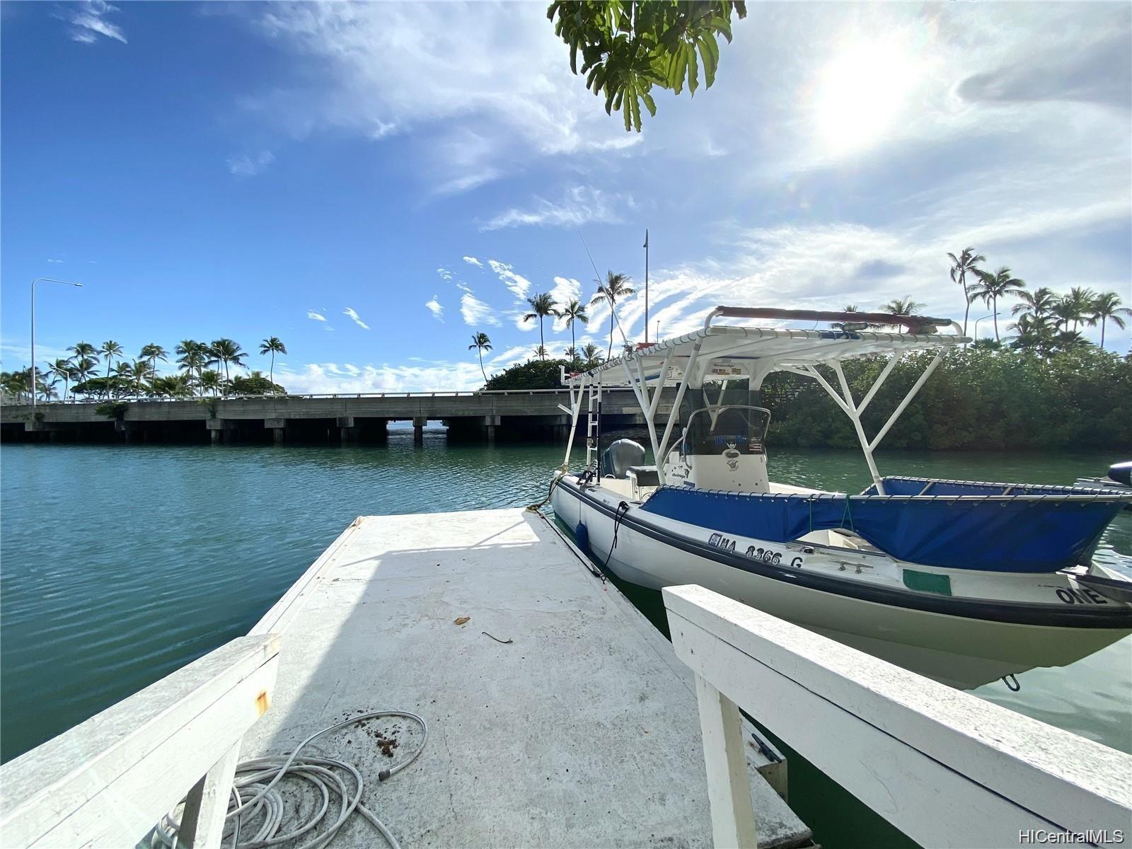 205 Kawaihae Street townhouse # A5, Honolulu, Hawaii - photo 2 of 25