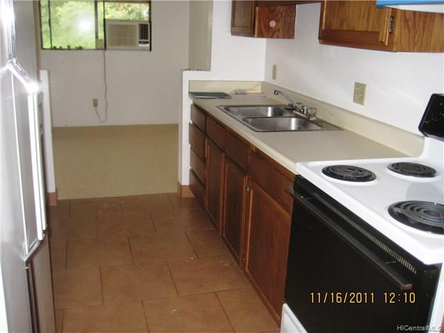 2069 California Ave townhouse # 4E, Wahiawa, Hawaii - photo 2 of 8