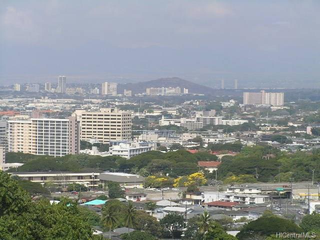 2071 Kalili Pl Honolulu - Rental - photo 0 of 23