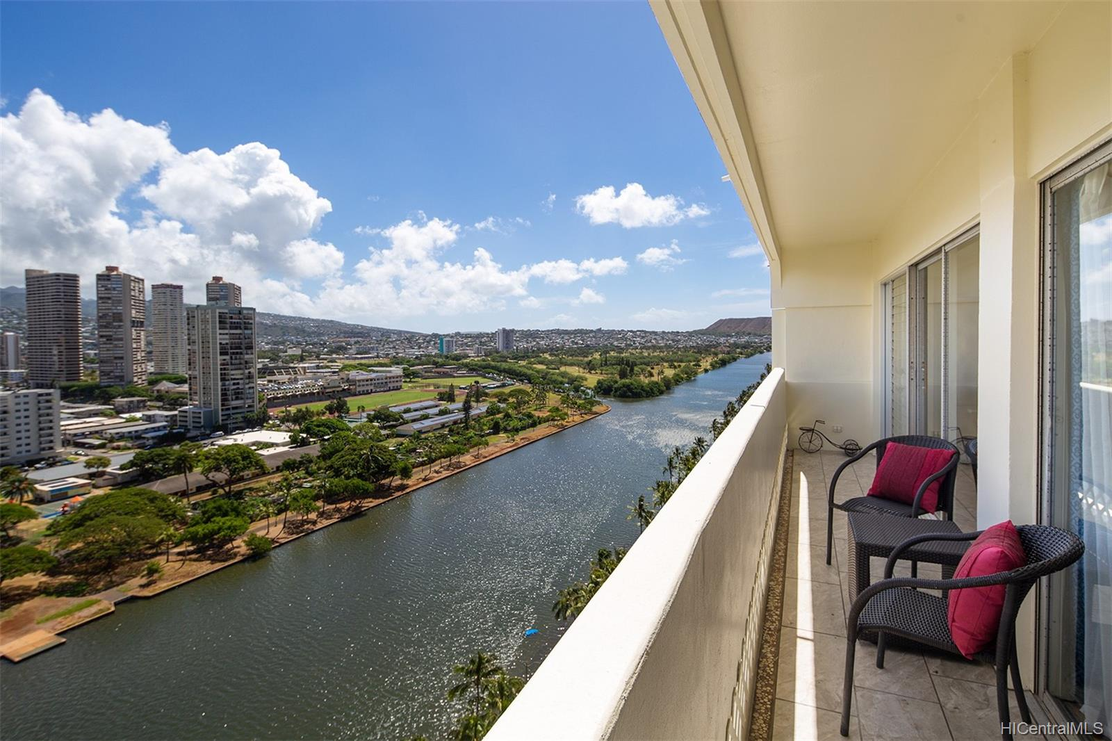 Twin Towers The condo # B194, Honolulu, Hawaii - photo 13 of 19