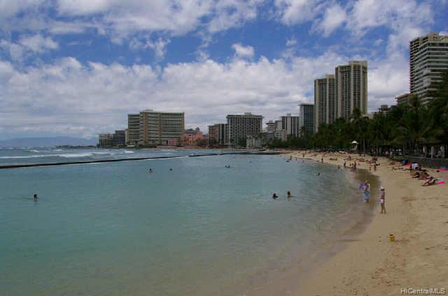 Twin Towers The condo # PH A/201, Honolulu, Hawaii - photo 8 of 10