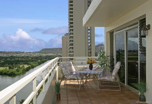 Twin Towers The condo # PH A/201, Honolulu, Hawaii - photo 9 of 10