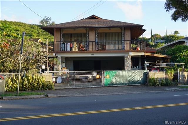 2105 Kalihi St Kalihi-upper, Honolulu home - photo 1 of 5