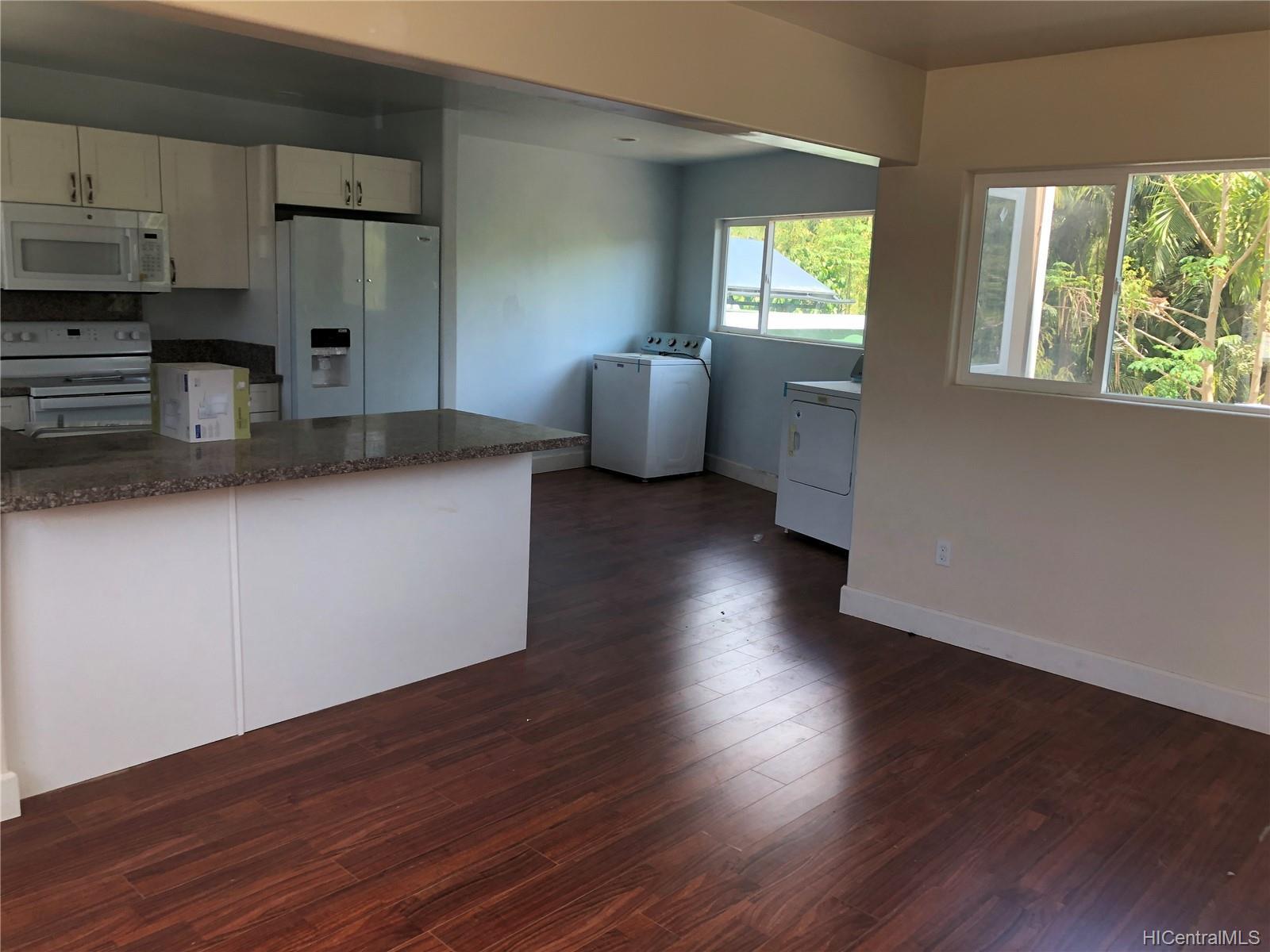 2105A  Wilson Place Kalihi-upper, Honolulu home - photo 4 of 21