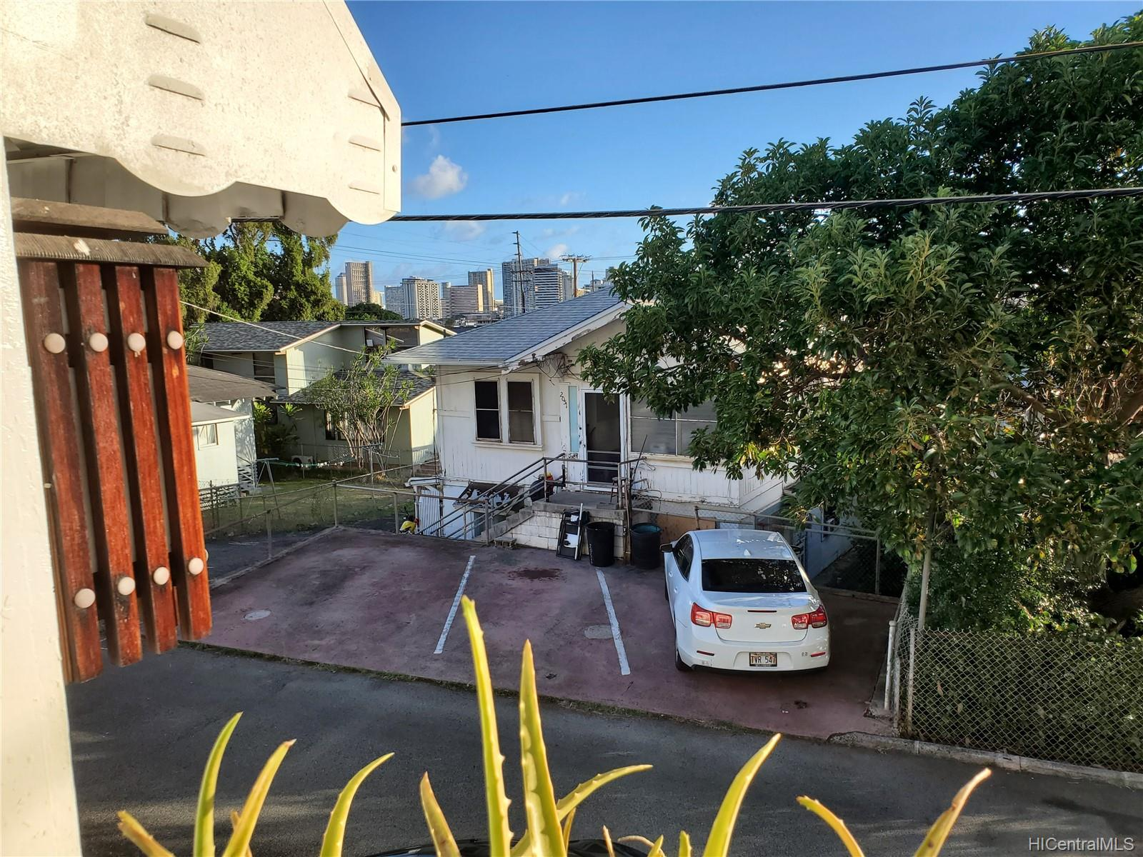2111 Chamberlain St Honolulu - Rental - photo 18 of 20