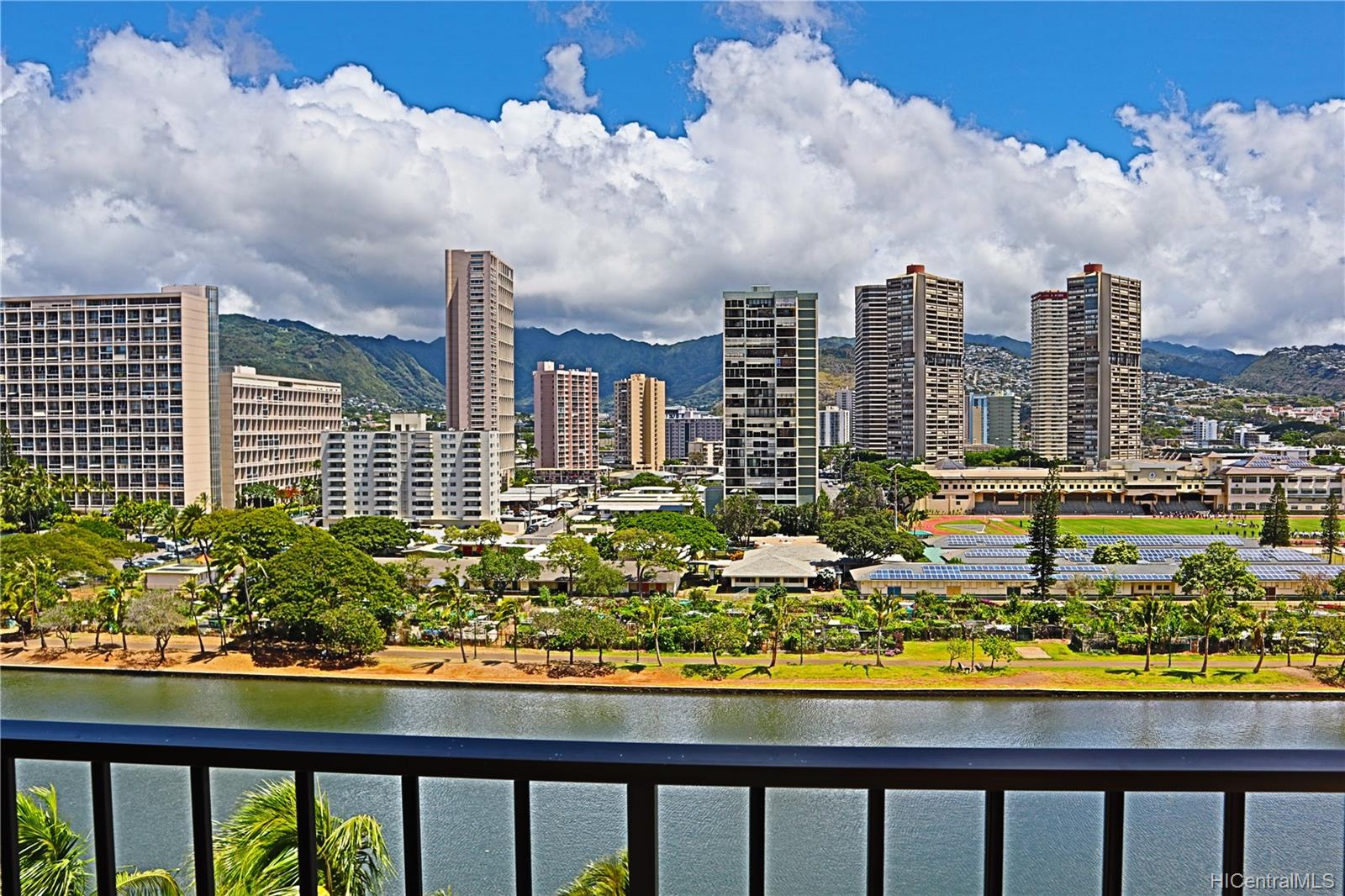 2121 Ala Wai condo # 1206, Honolulu, Hawaii - photo 2 of 23