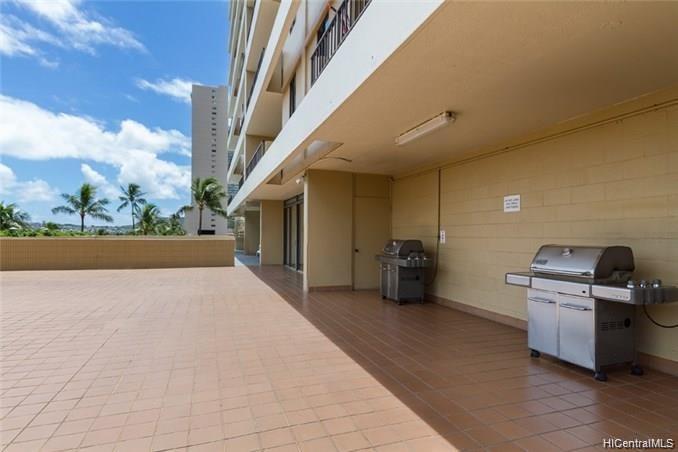 2121 Ala Wai Blvd Honolulu - Rental - photo 14 of 16