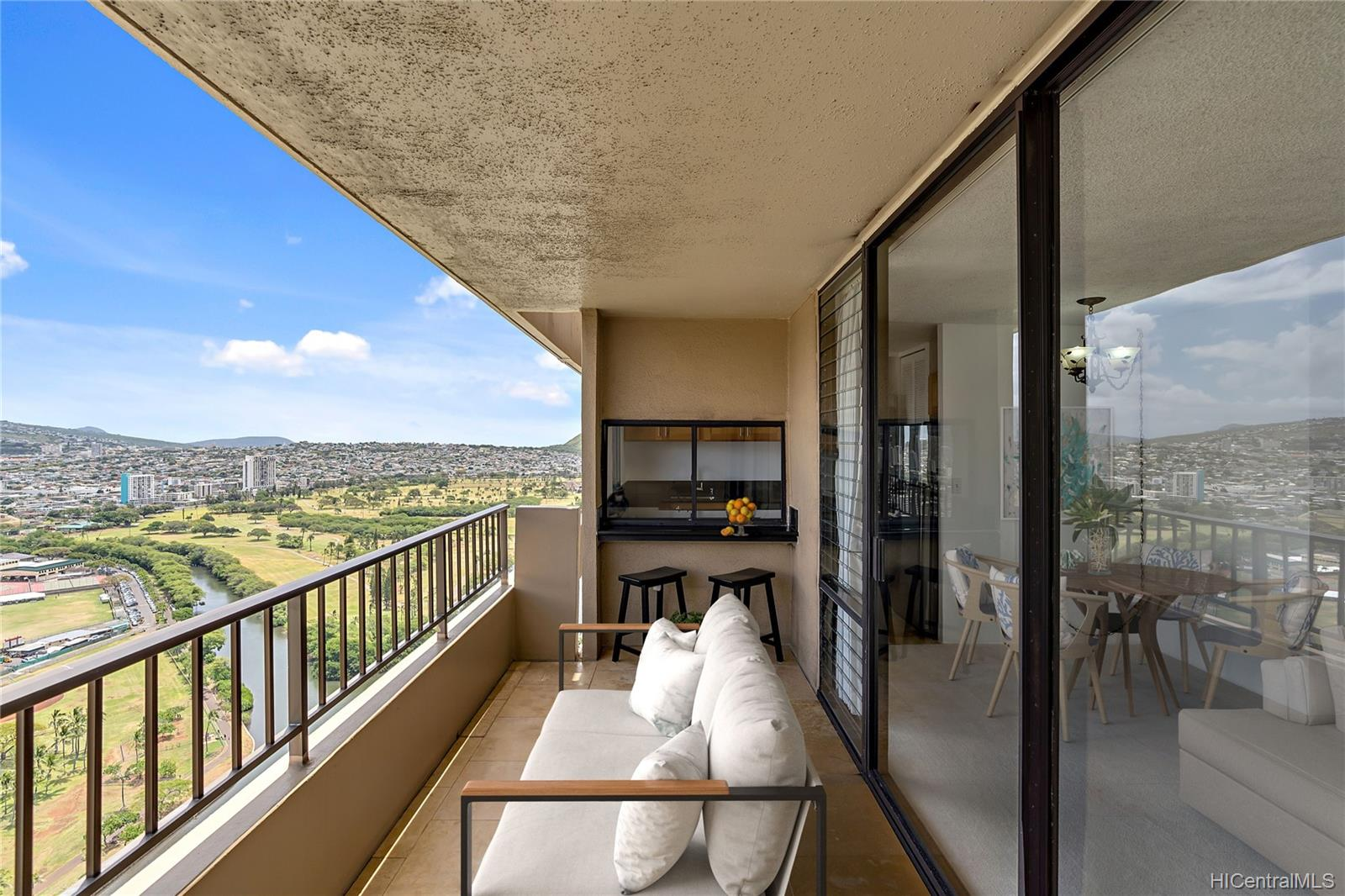 2121 Ala Wai condo # 3703, Honolulu, Hawaii - photo 14 of 25
