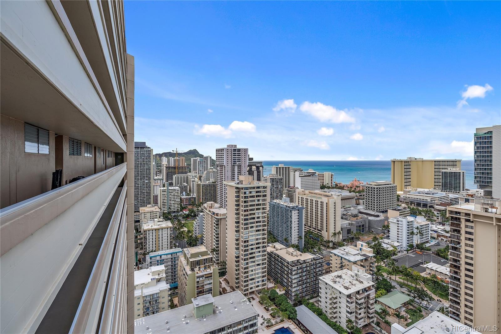 2121 Ala Wai condo # 3703, Honolulu, Hawaii - photo 15 of 25