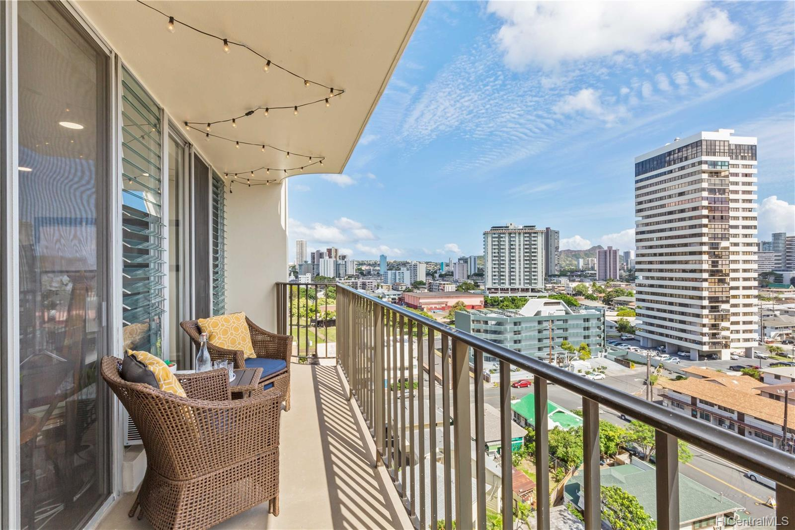 McCully Villa condo # 1008, Honolulu, Hawaii - photo 13 of 19