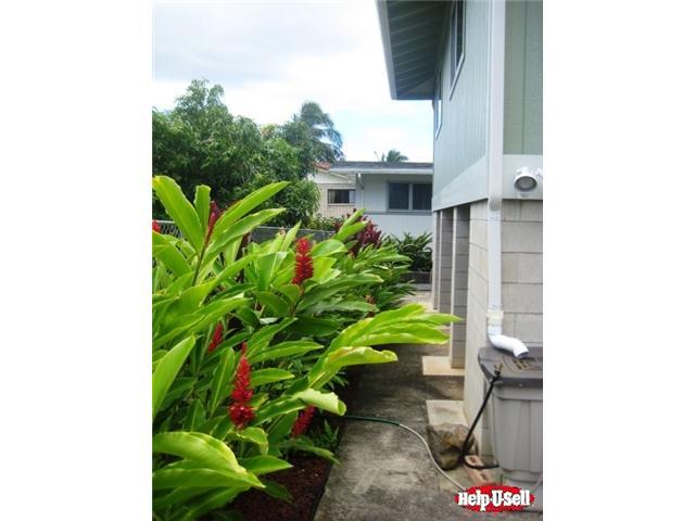 2135  Wilson St Kalihi-upper, Honolulu home - photo 5 of 20