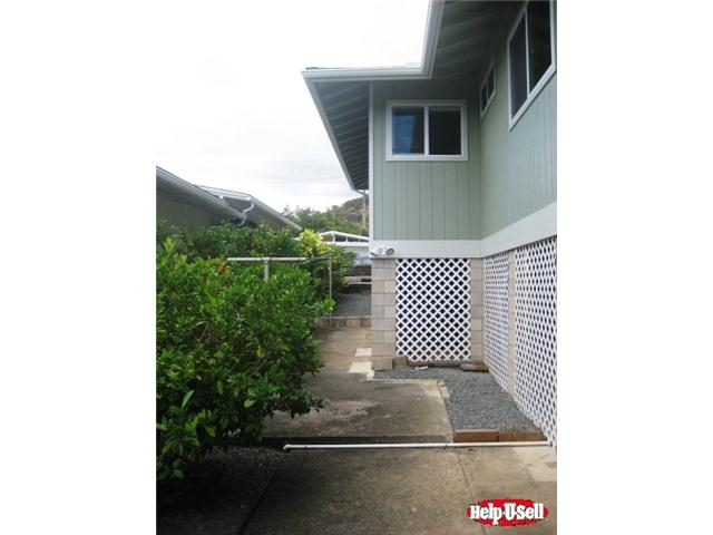 2135  Wilson St Kalihi-upper, Honolulu home - photo 7 of 20