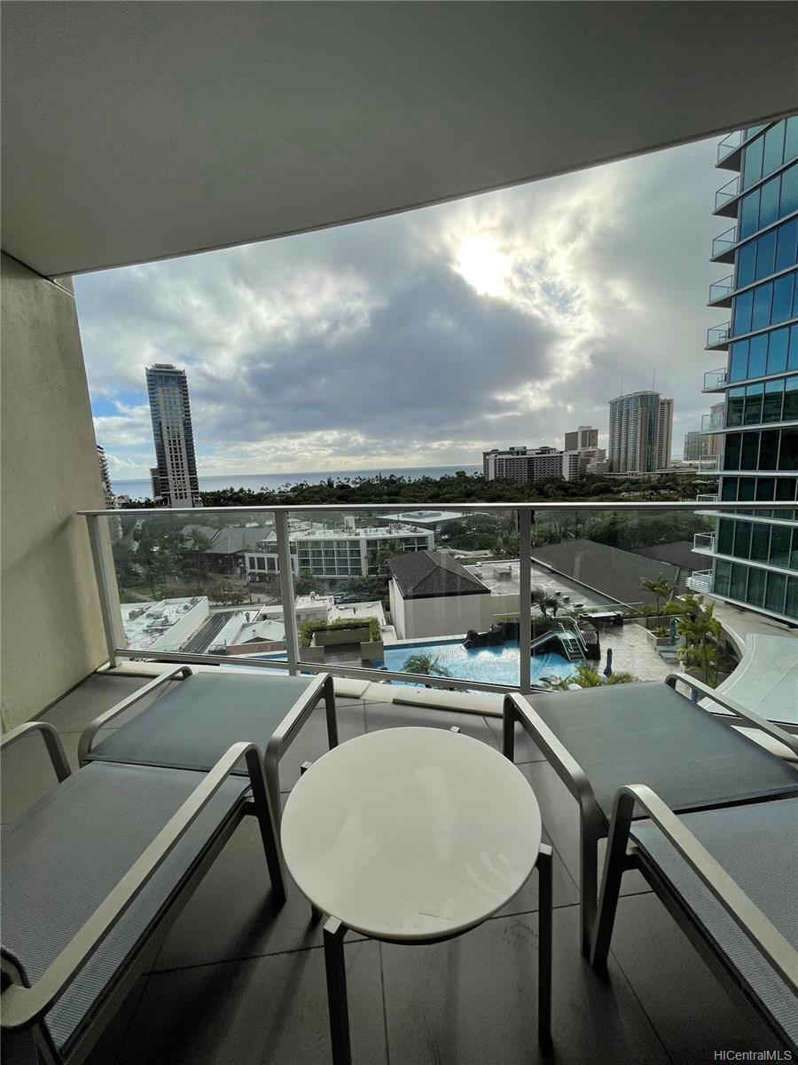 The Ritz-Carlton Residences condo # 1202, Honolulu, Hawaii - photo 1 of 16