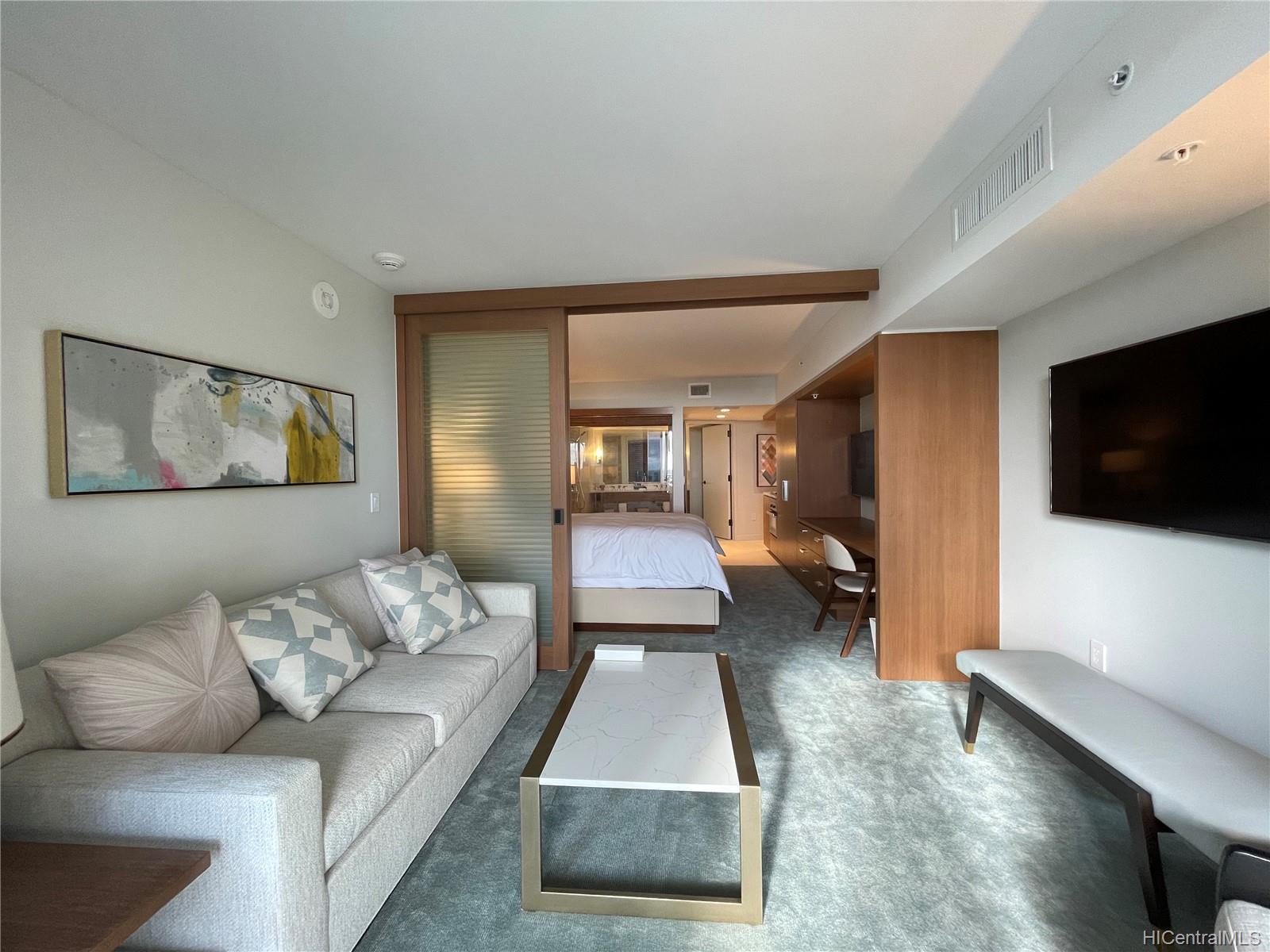 The Ritz-Carlton Residences condo # 1202, Honolulu, Hawaii - photo 2 of 16