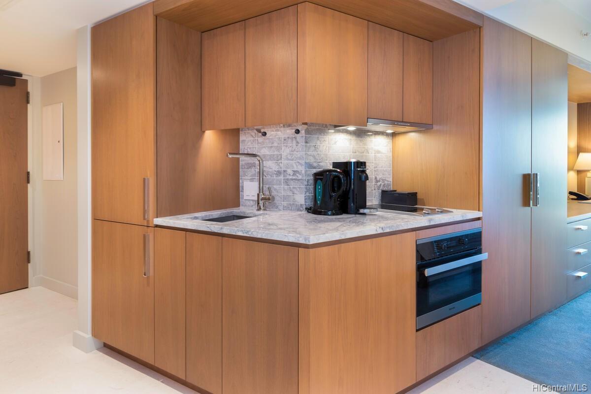 The Ritz-Carlton Residences condo # 2402, Honolulu, Hawaii - photo 15 of 25