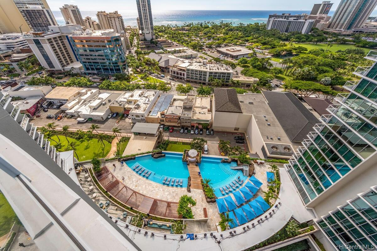 The Ritz-Carlton Residences condo # 2402, Honolulu, Hawaii - photo 18 of 25