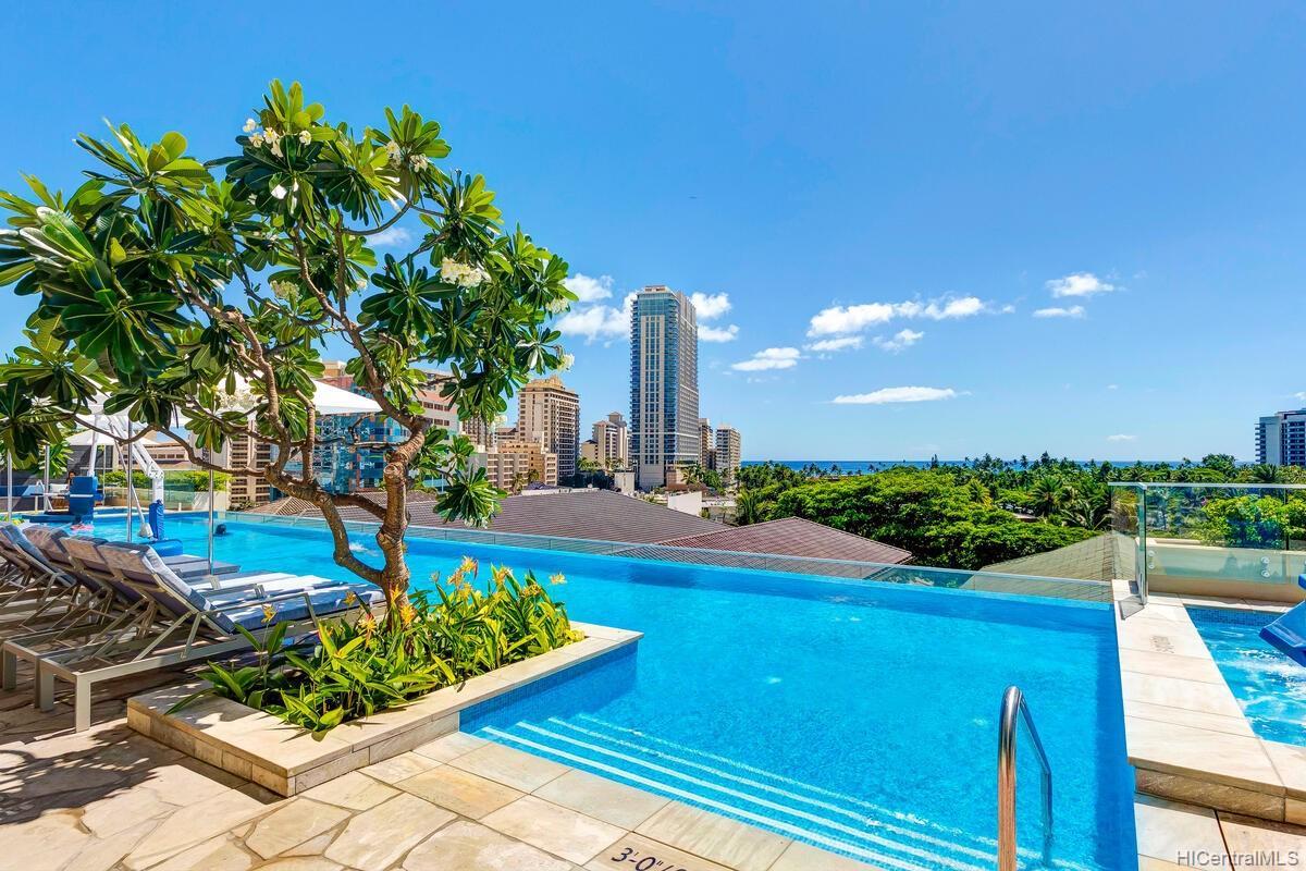 The Ritz-Carlton Residences condo # 2402, Honolulu, Hawaii - photo 19 of 25