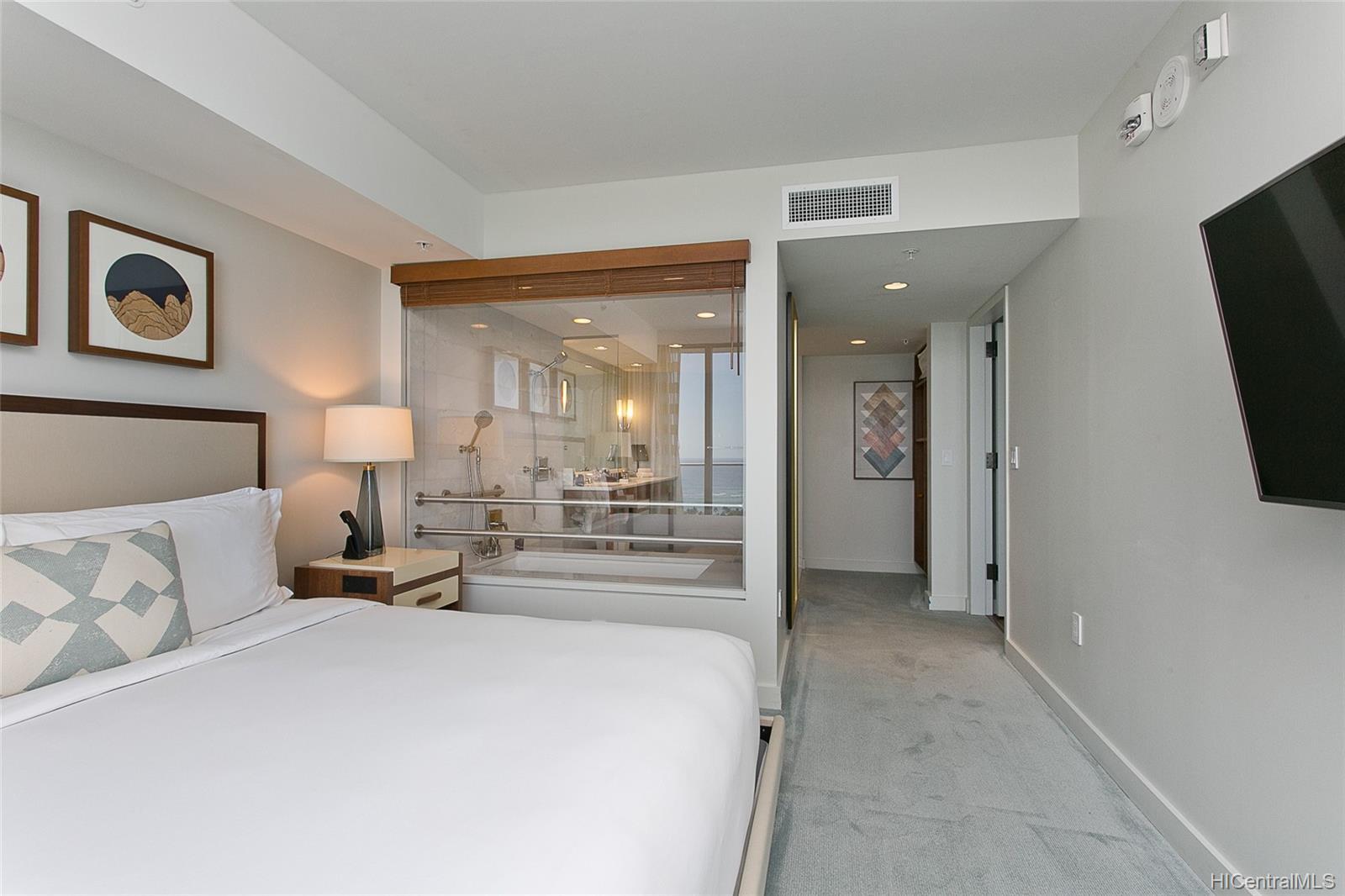 The Ritz-Carlton Residences condo # 2805, Honolulu, Hawaii - photo 11 of 13