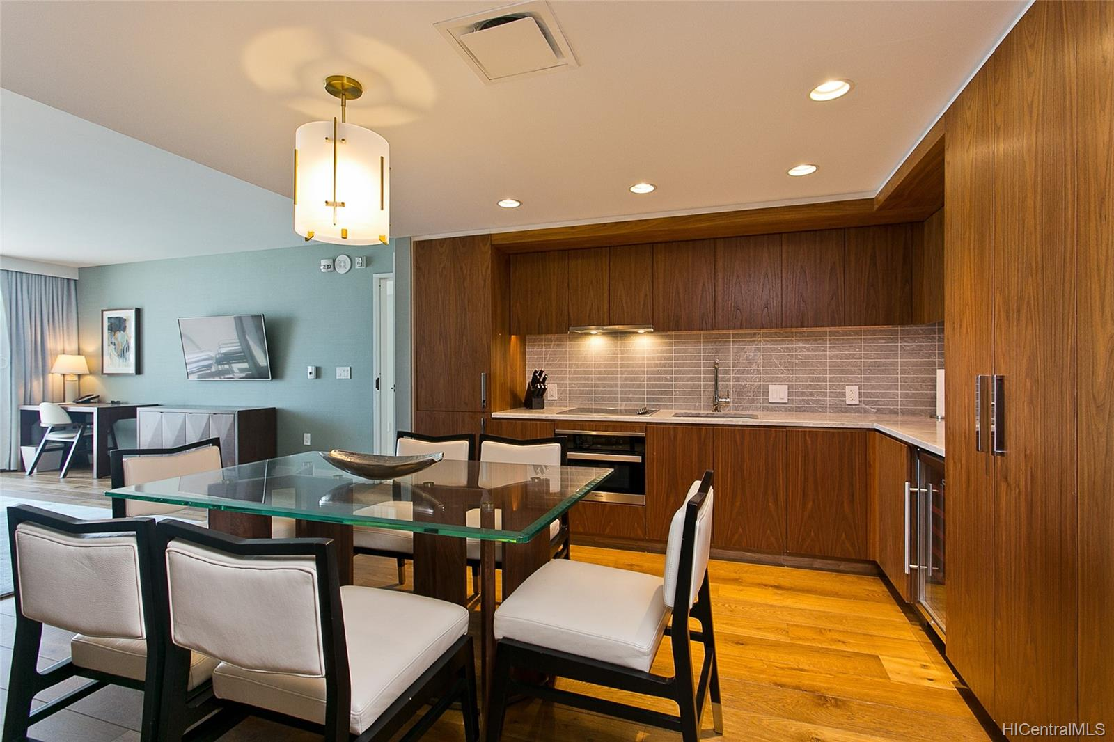 The Ritz-Carlton Residences condo # 2805, Honolulu, Hawaii - photo 6 of 13
