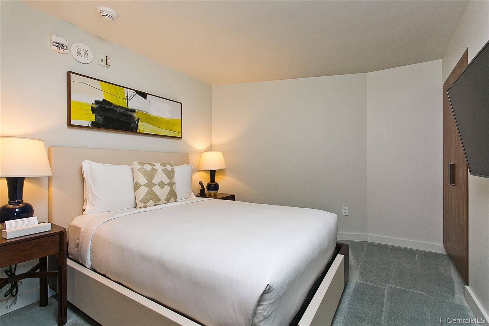 The Ritz-Carlton Residences condo # 2805, Honolulu, Hawaii - photo 8 of 13