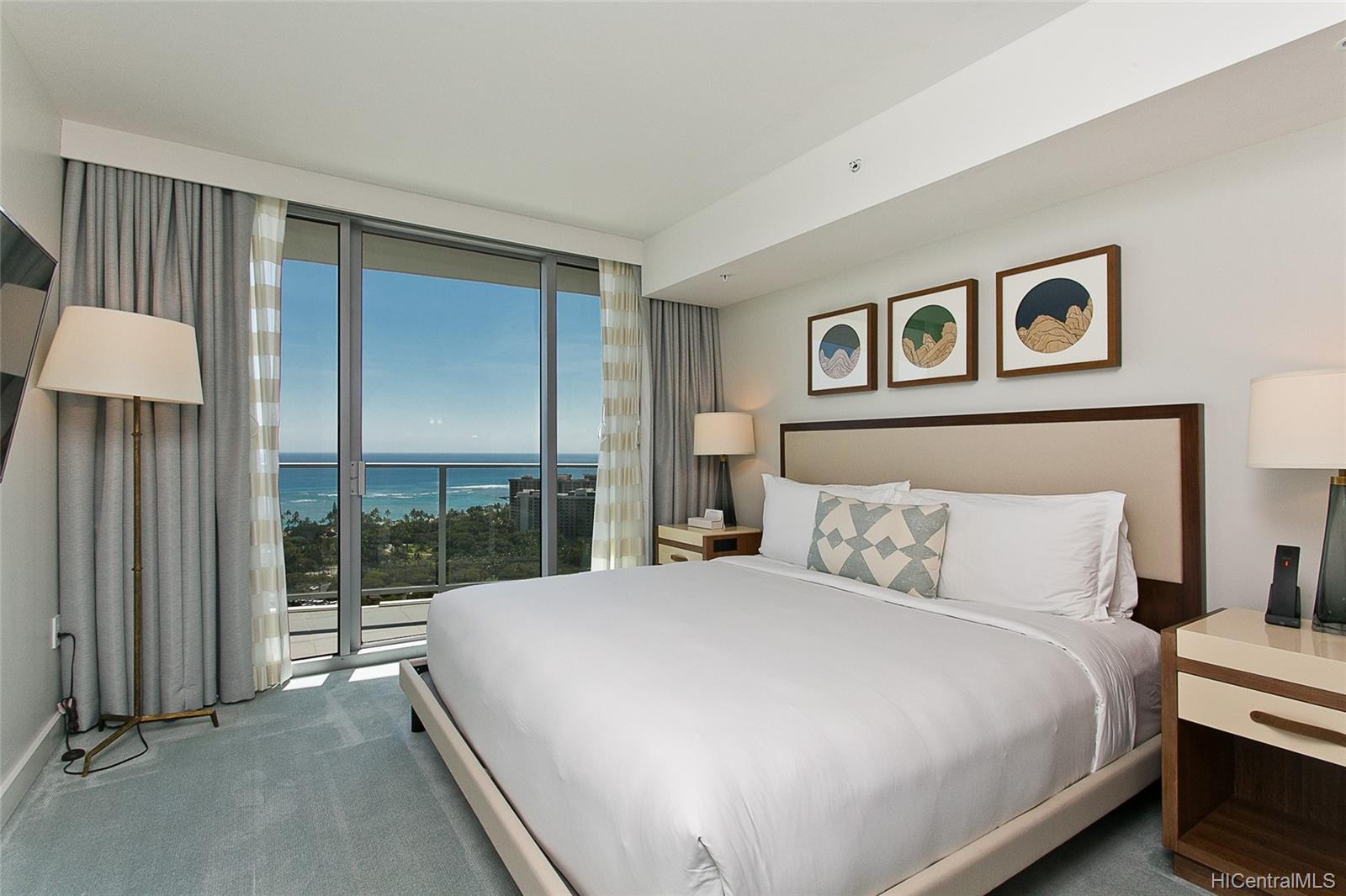 The Ritz-Carlton Residences condo # 2805, Honolulu, Hawaii - photo 10 of 13