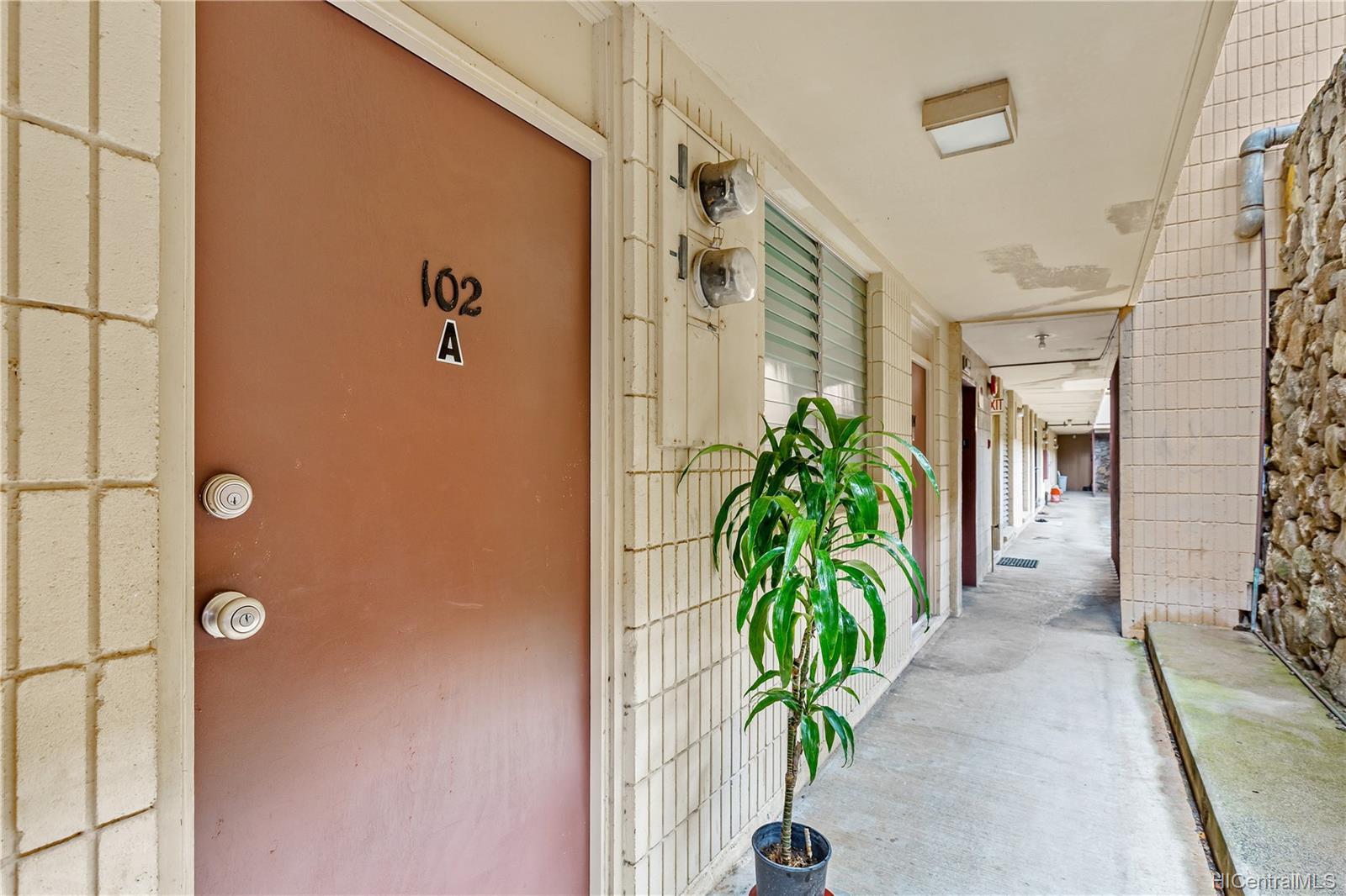 Palolo garden condo # 102A, Honolulu, Hawaii - photo 8 of 10