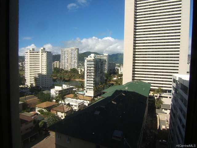 Four Paddle condo # 1212, Honolulu, Hawaii - photo 6 of 6